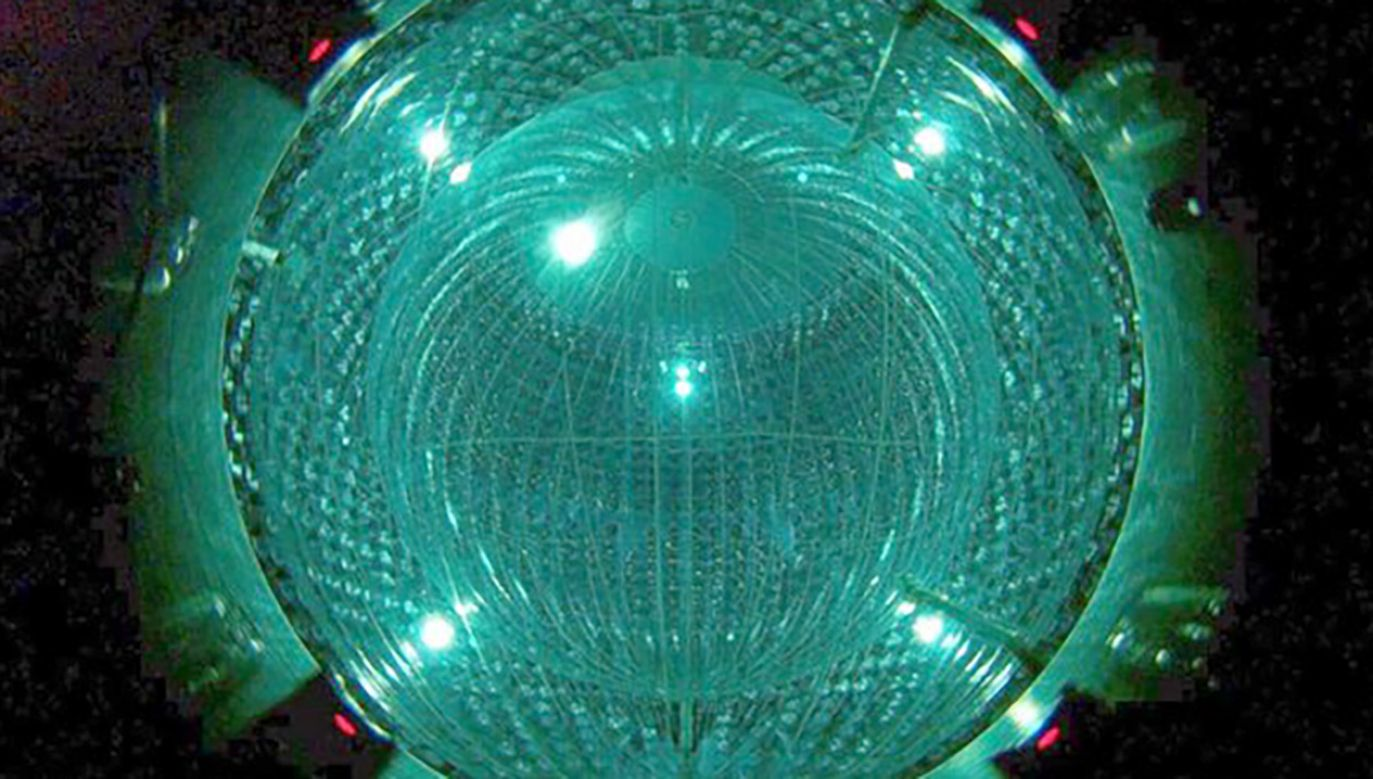 """""""Neutrina są prawdopodobnie najbardziej powszechnymi cząstkami elementarnymi we Wszechświecie"""" (fot. Borexino Collaboration)"""