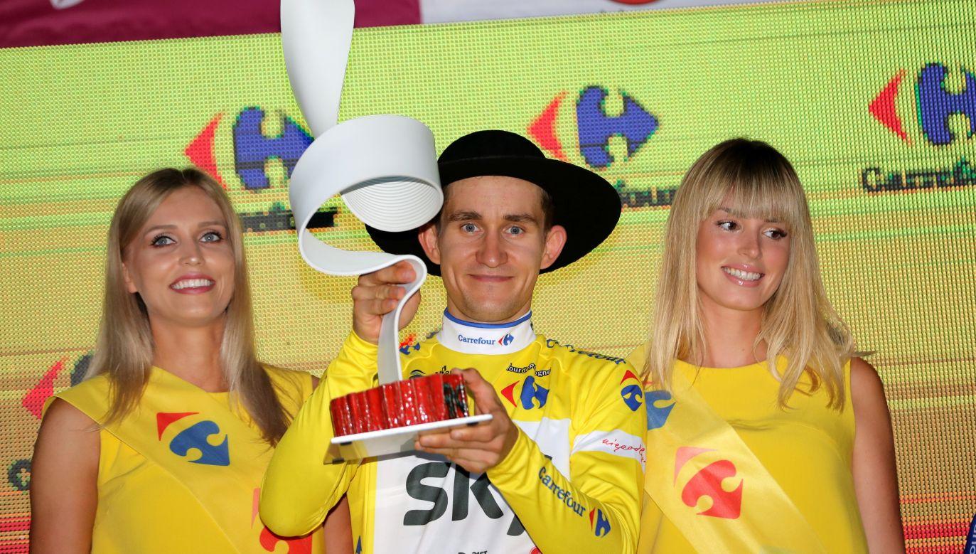 Michał Kwiatkowski with the trophy for winning Tour de Pologne. Photo: PAP/Grzegorz Momot