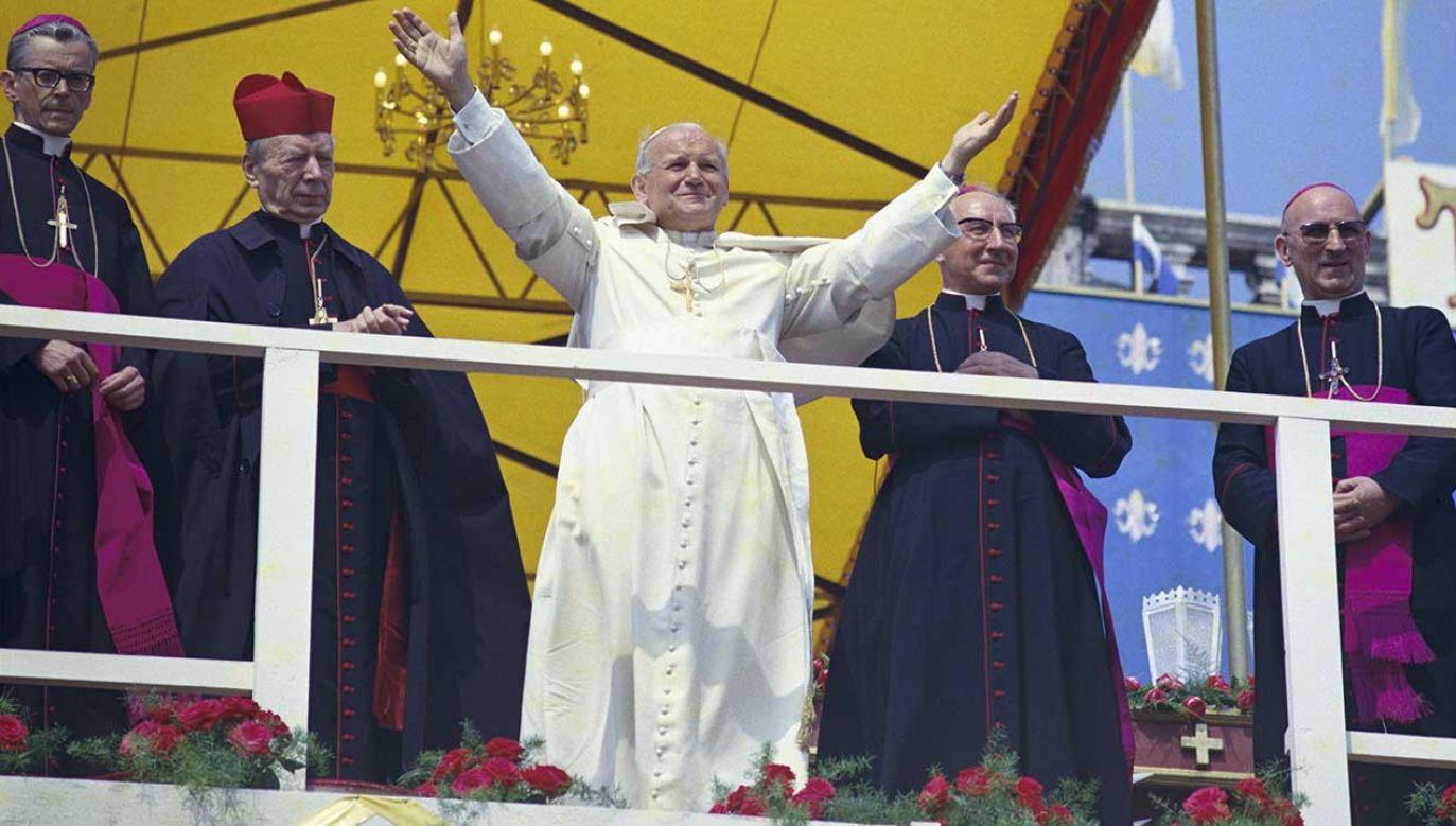 Wizyta apostolska Jana Pawła II w Częstochowie  (fot. arch. PAP/Leszek Łożyński)