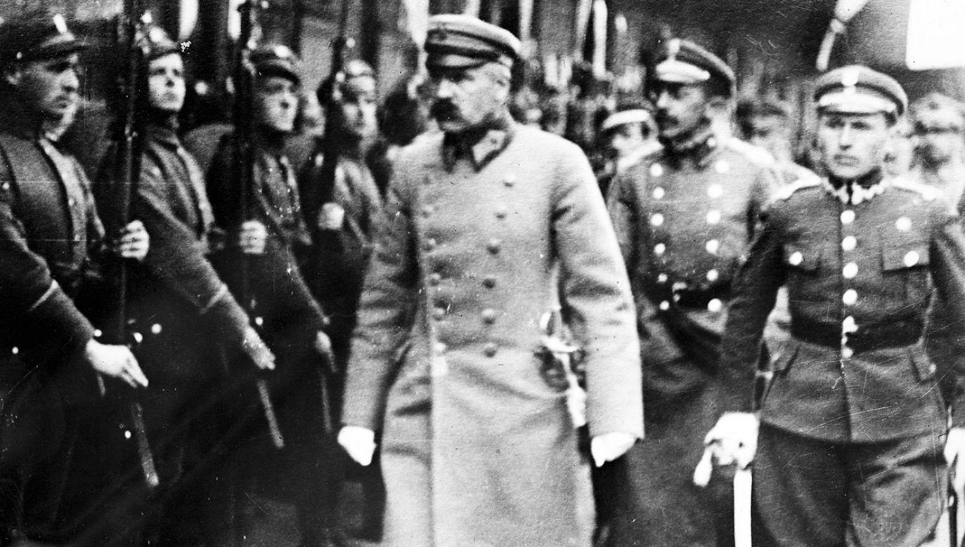 """""""Dla nas, żołnierzy wolnej Polski, powstańcy 1863 r. są i pozostaną ostatnimi żołnierzami Polski, walczącej o swą swobodę"""" (fot. Universal History Archive/Getty Images)"""