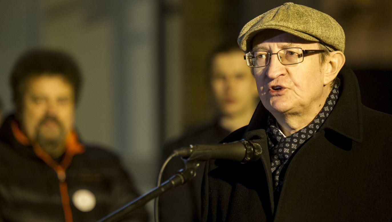Oskarżony były senator konsekwentnie sprzeciwia się zmianom w polskim sądownictwie (fot. PAP/Aleksander Koźmiński)