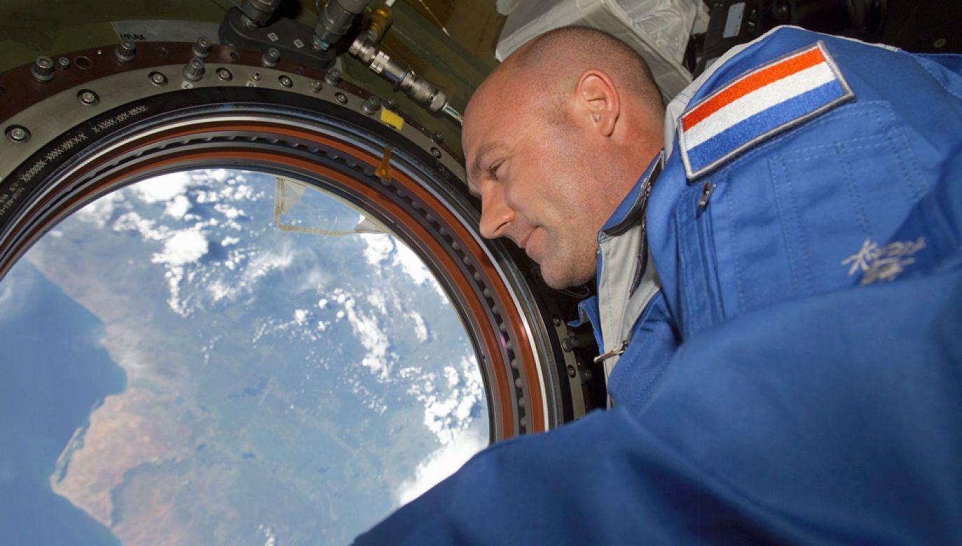 60-letni André Kuipers nie wybrał cyfry 0 (fot. NASA)