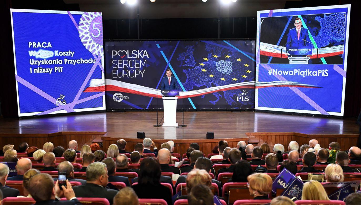 Premier Mateusz Morawiecki przemawia podczas konwencji regionalnej PiS w Lublinie (fot. PAP/Wojciech Pacewicz)