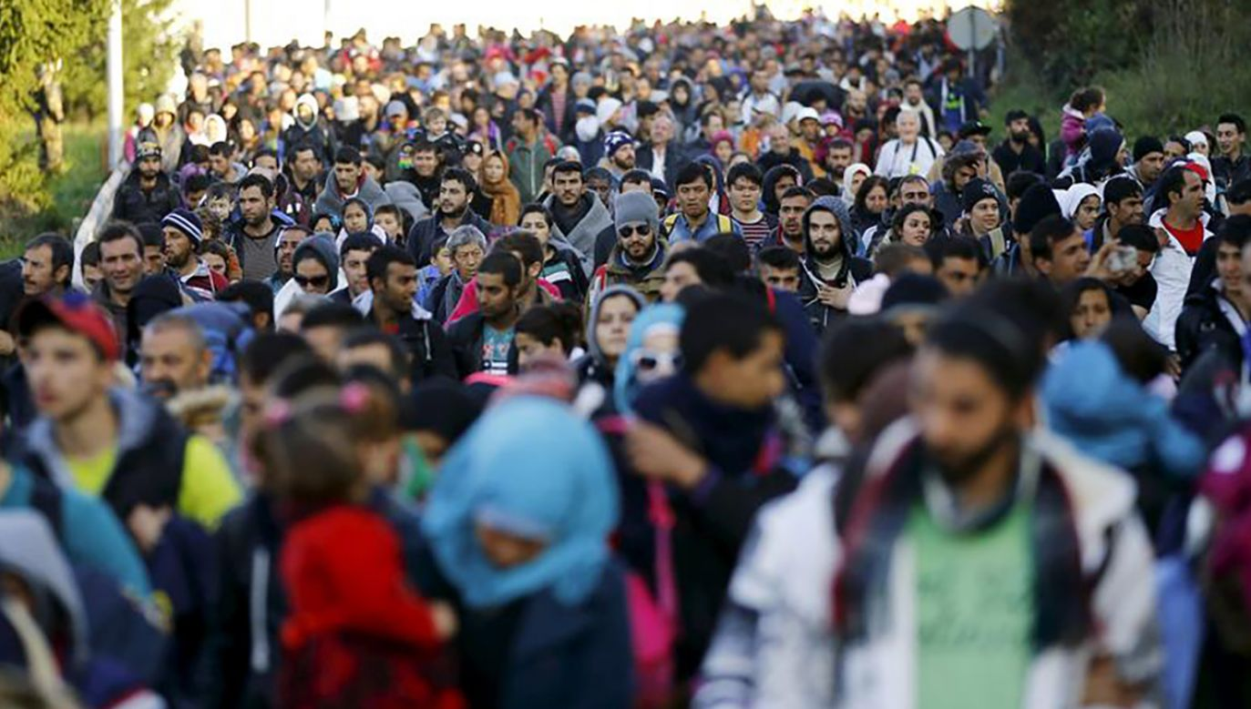 """STOP Soros"". Węgry uchwaliły pakiet ustaw ws. imigrantów (fot. REUTERS/Leonhard Foeger)"