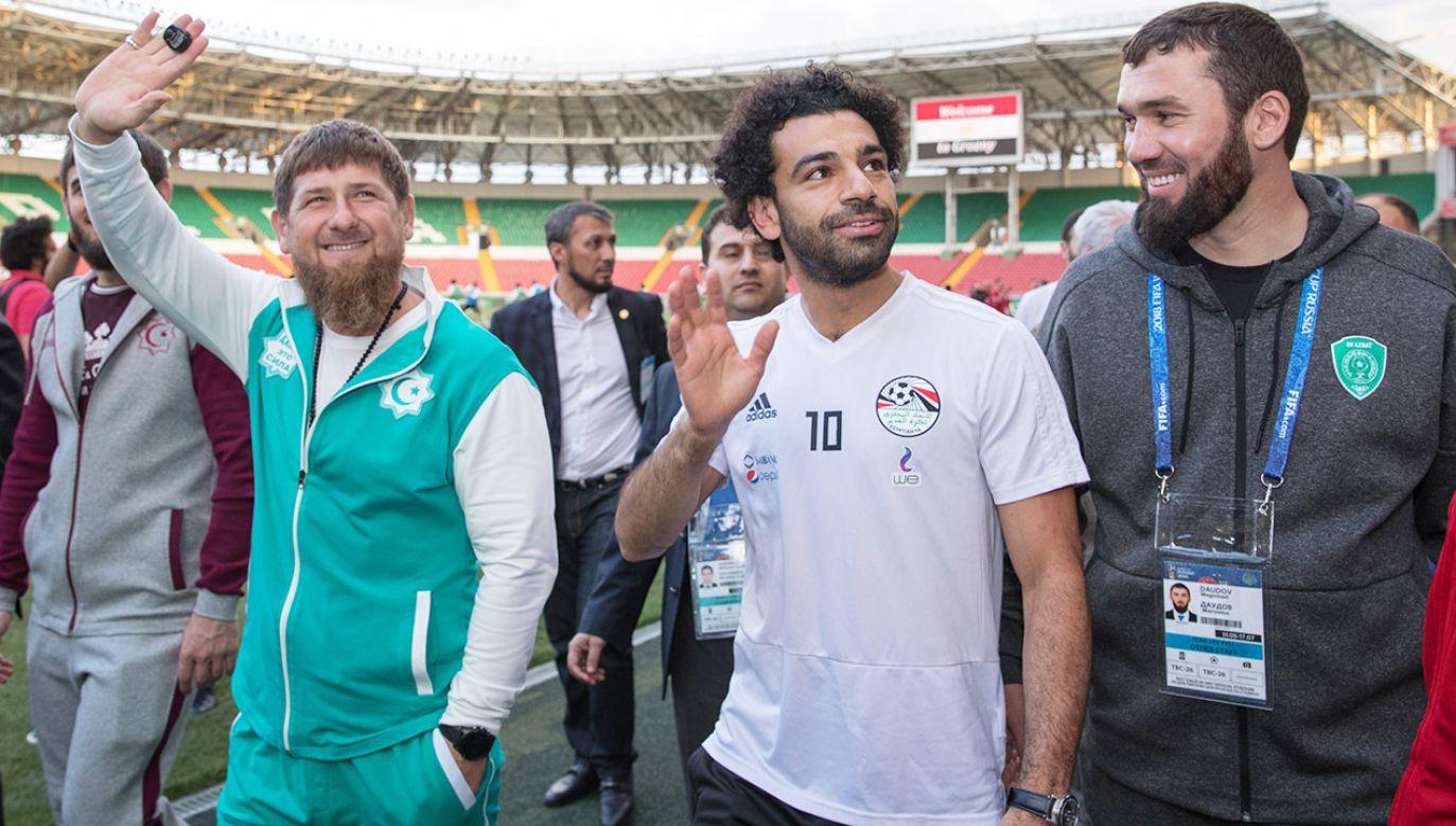Mohamed Salah w Czeczenii (fot. PAP/ EPA/KAZBEK VAKHAYEV)