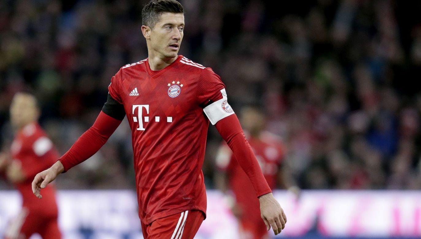 Robert Lewandowski nie strzelił gola w meczu z Augsburgiem (fot. Getty)