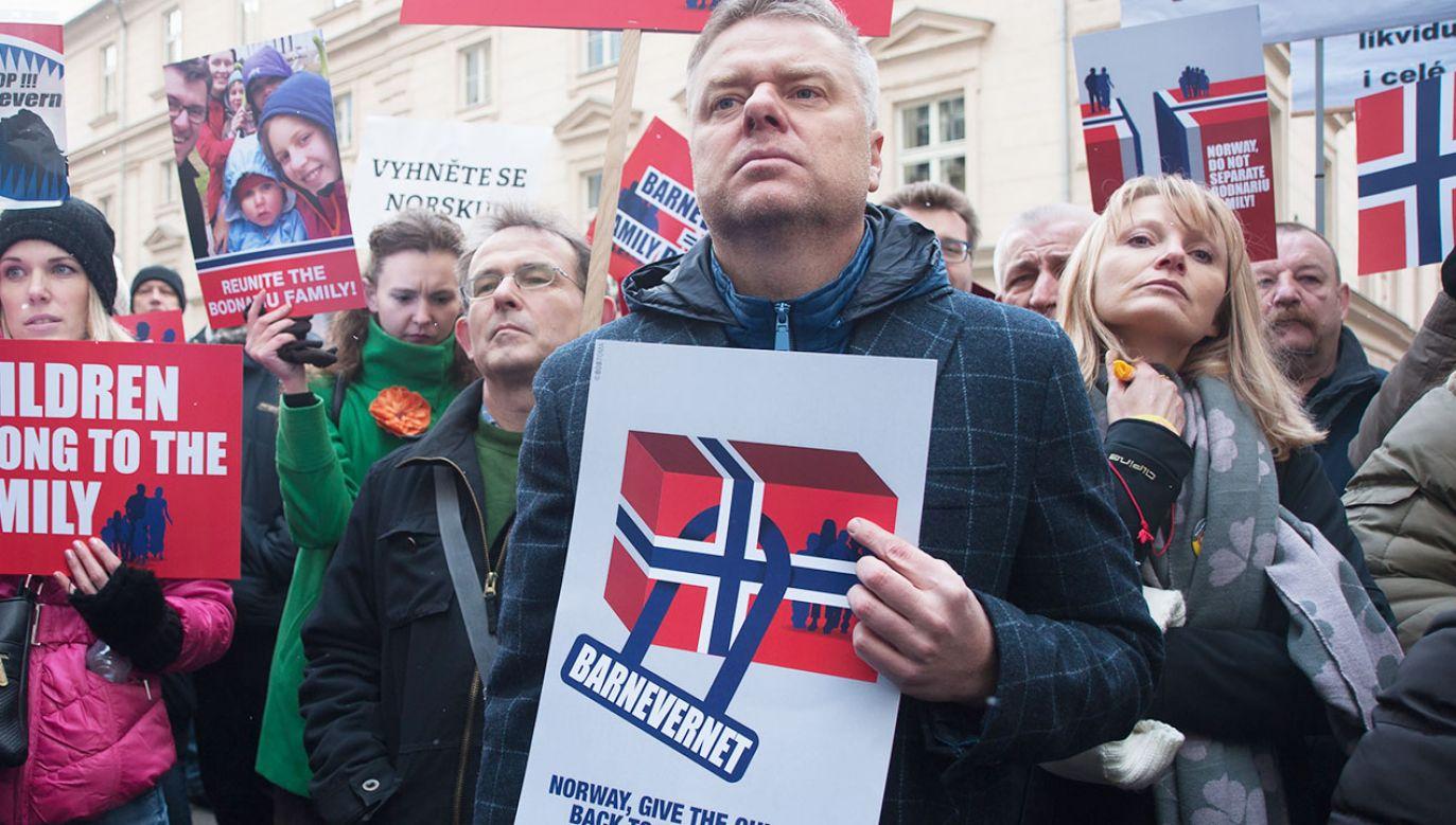 Konsul RP w Norwegii ma trzy tygodnie na opuszczenie tego kraju  (fot. arch.PAP/CTK Photo/Ondrej Deml)