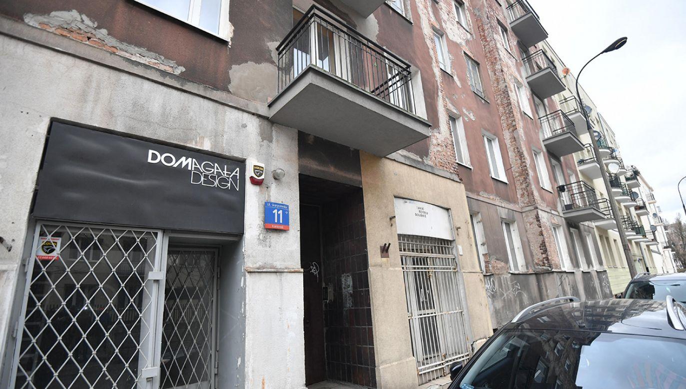 Nieruchomość przy ulicy Skaryszewskiej 11 (fot. arch. PAP/Bartłomiej Zborowski)