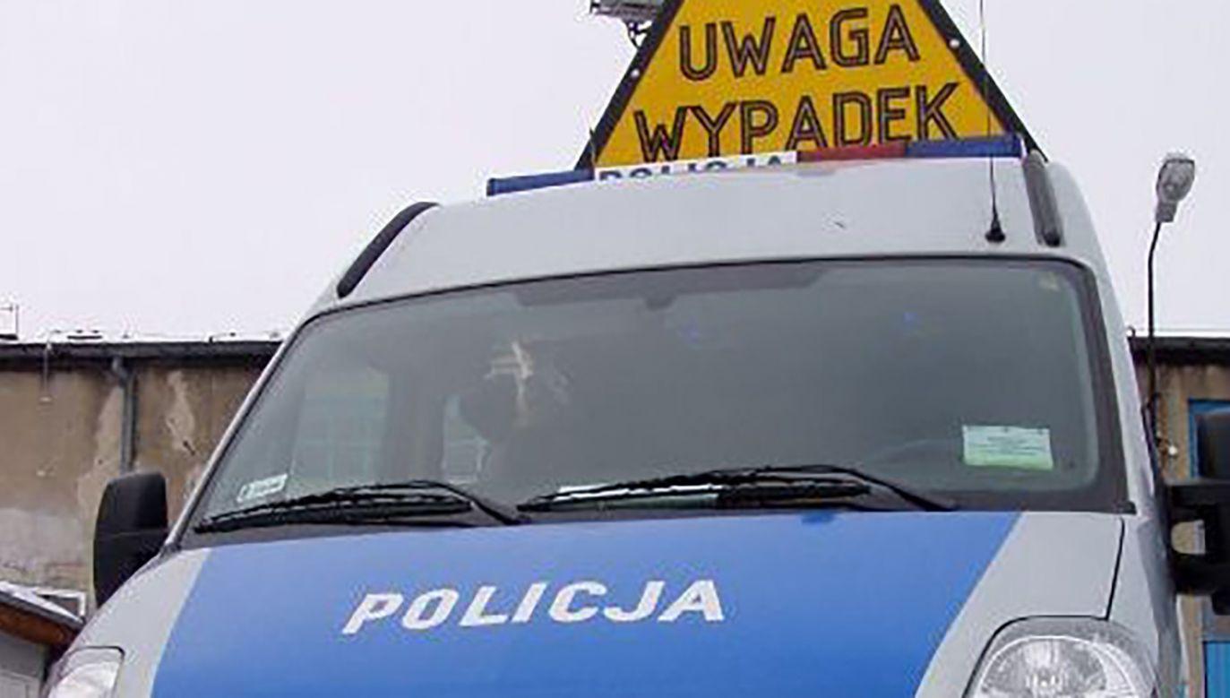 Policja ustala przyczyny wypadku (fot. arch. PAP)
