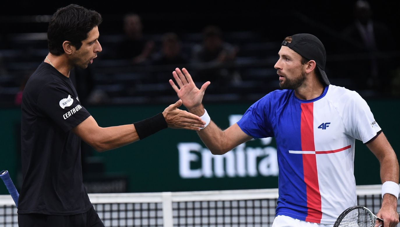 Sunday's victory in Shanghai is the fourth title won in 2018 season by Marcelo Melo (L) and Łukasz Kubot (R). Photo: PAP/EPA/Christophe Petit Tesson