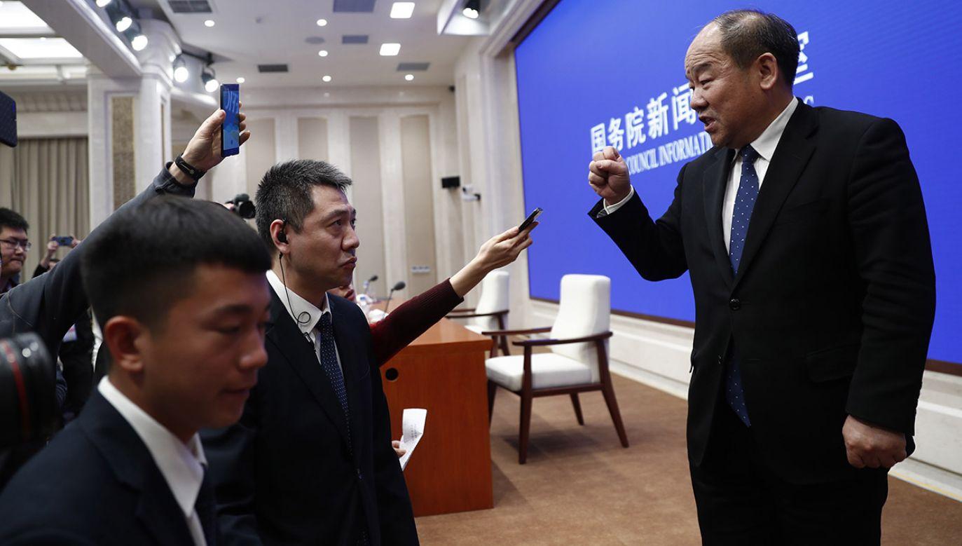 Przedstawiciel Narodowego Biura Statystycznego Ning Jizhe (fot. PAP/EPA/WU HONG)