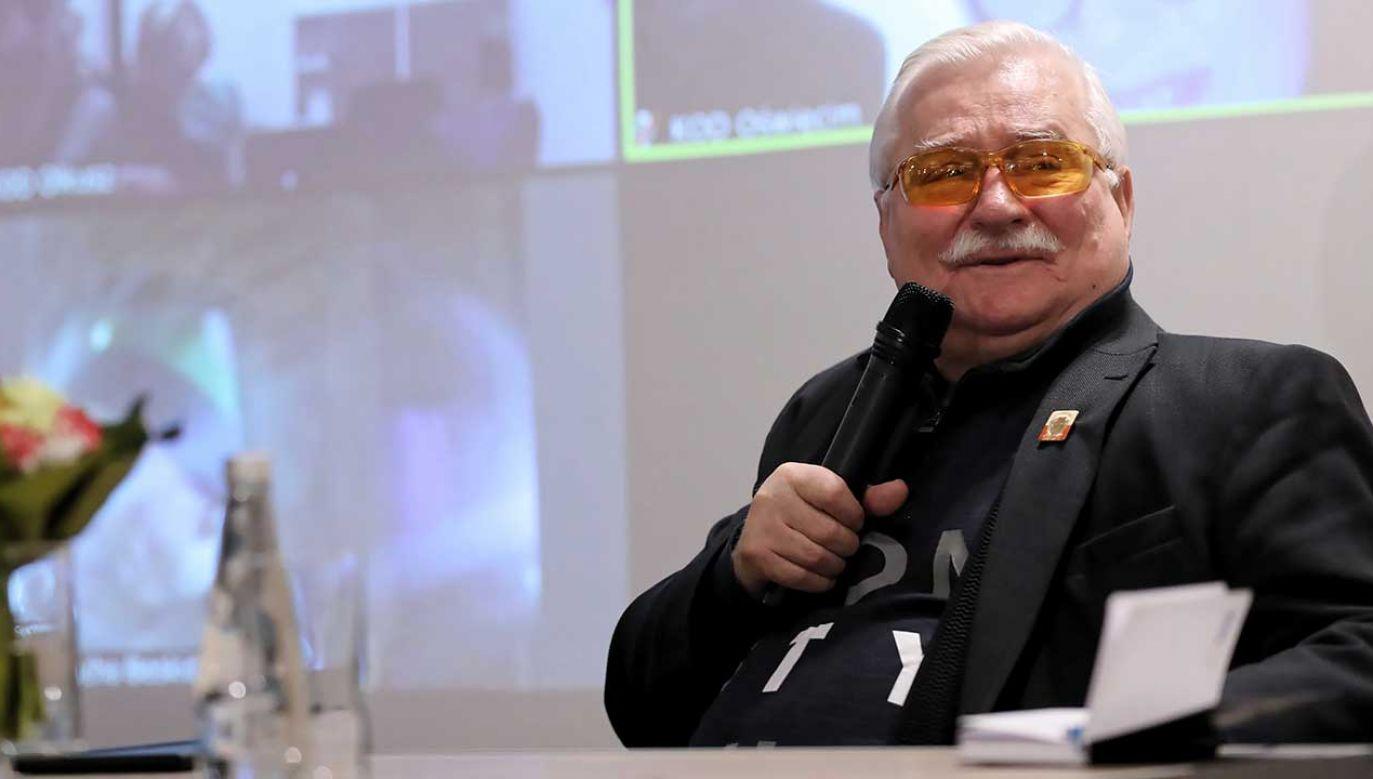 Lech Wałęsa tłumaczył się ze swojego stroju na pogrzebie byłego prezydenta USA (fot. arch. PAP/Grzegorz Momot)
