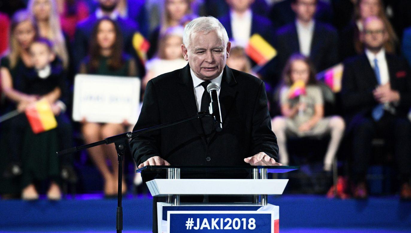 Lider PiS Jarosław Kaczyński na regionalnej konwencji wyborczej w Warszawie (fot. PAP/Jacek Turczyk)
