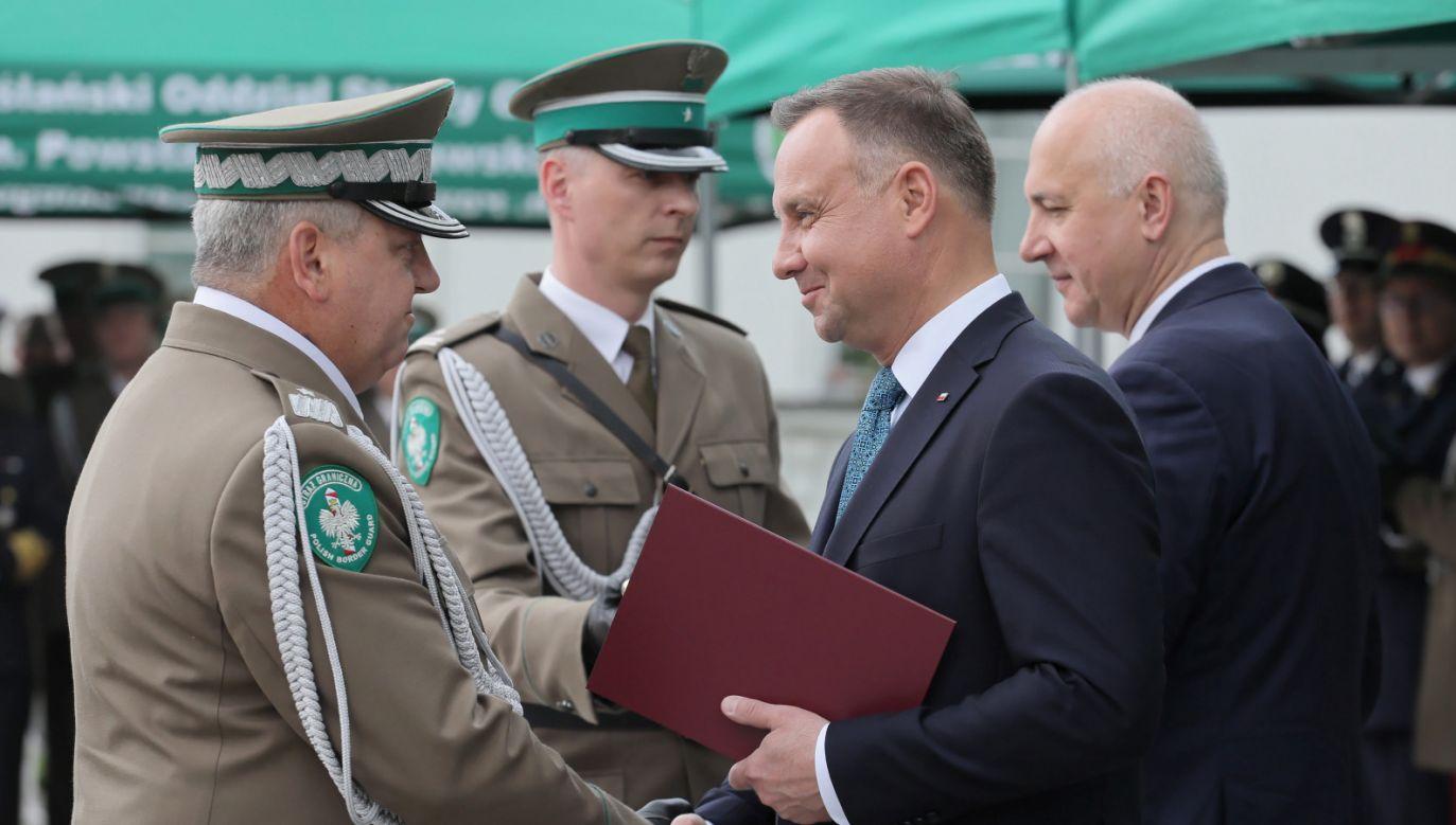 Funkcjonariuszom SG wręczono nominacje generalskie (fot. PAP/Paweł Supernak)