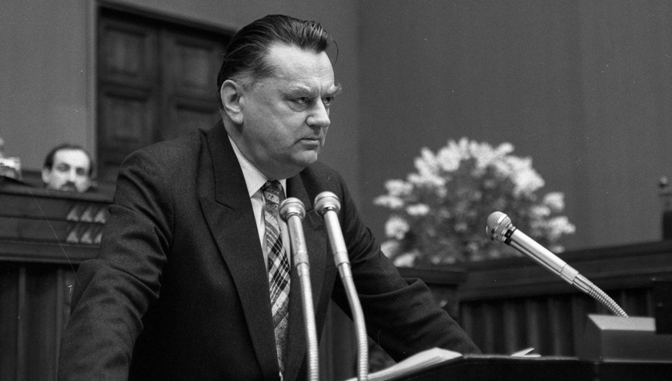 Premier Jan Olszewski (fot. PAP/Ireneusz Radkiewicz)