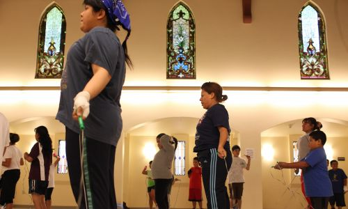 Sala gimnastyczna w byłym kościele w Los Angeles. Fot. Katie Falkenberg/Los Angeles Times via Getty Images