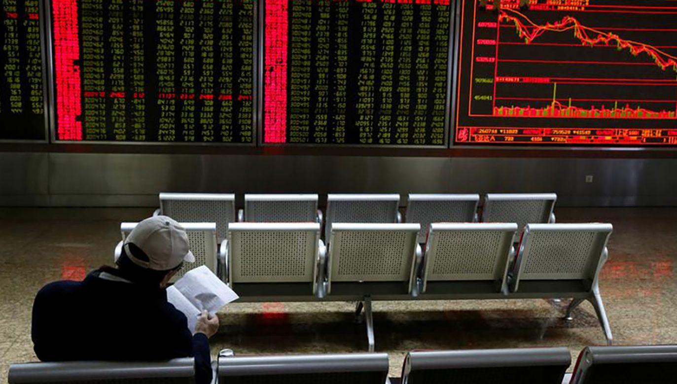 """Prezydent USA powiedział, że """"może jeszcze dużo zrobić, by pogorszyć kondycję chińskiej gospodarki"""" (fot. REUTERS/Thomas Peter)"""