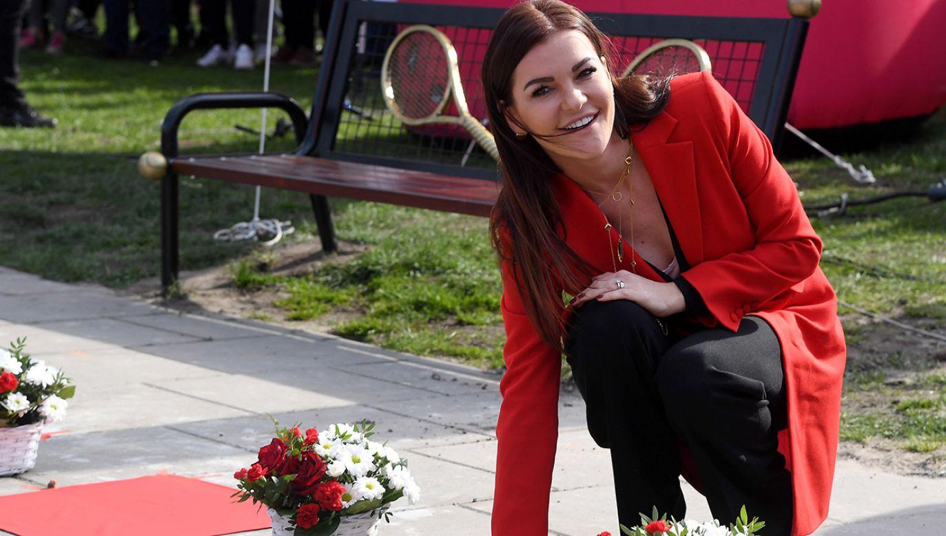 Agnieszka Radwańska podczas ceremonii odsłonięcia jej gwiazdy w Alei Gwiazd Tenisa w Krakowie (fot. PAP/Jacek Bednarczyk)