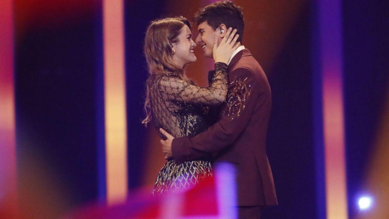 """Amaia & Alfred z Hiszpanii nie musieli walczyć o miejsce w finale. Zostali okrzyknięci """"najbardziej całuśną parą Eurowizji"""" (fot. Andreas Putting/eurovision.tv)"""