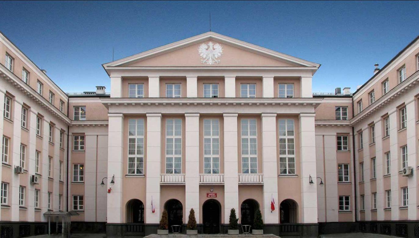 Siedziba Najwyższej Izby Kontroli (fot. pl.wikipedia.org)