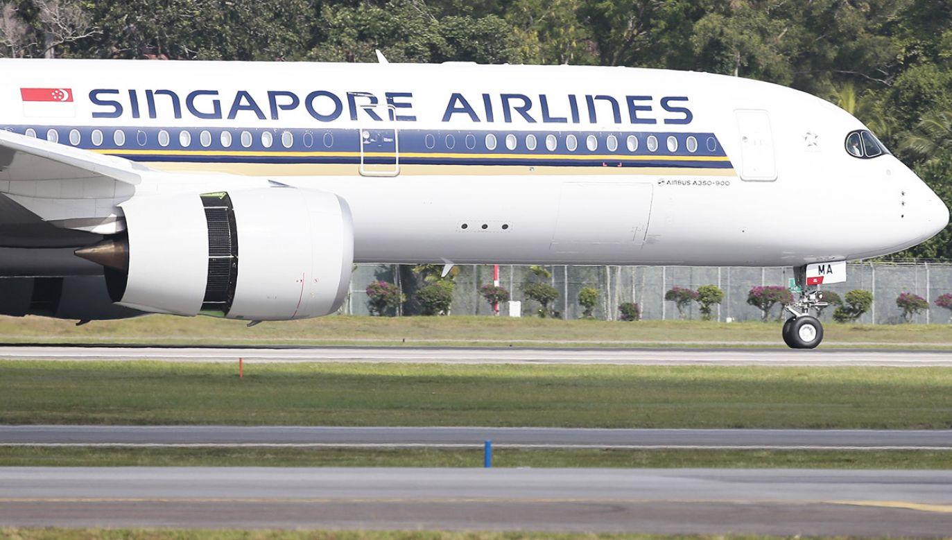 Airbus a350-900 przeleciał ponad 15 tys. km (fot. PAP/EPA/WALLACE WOON)