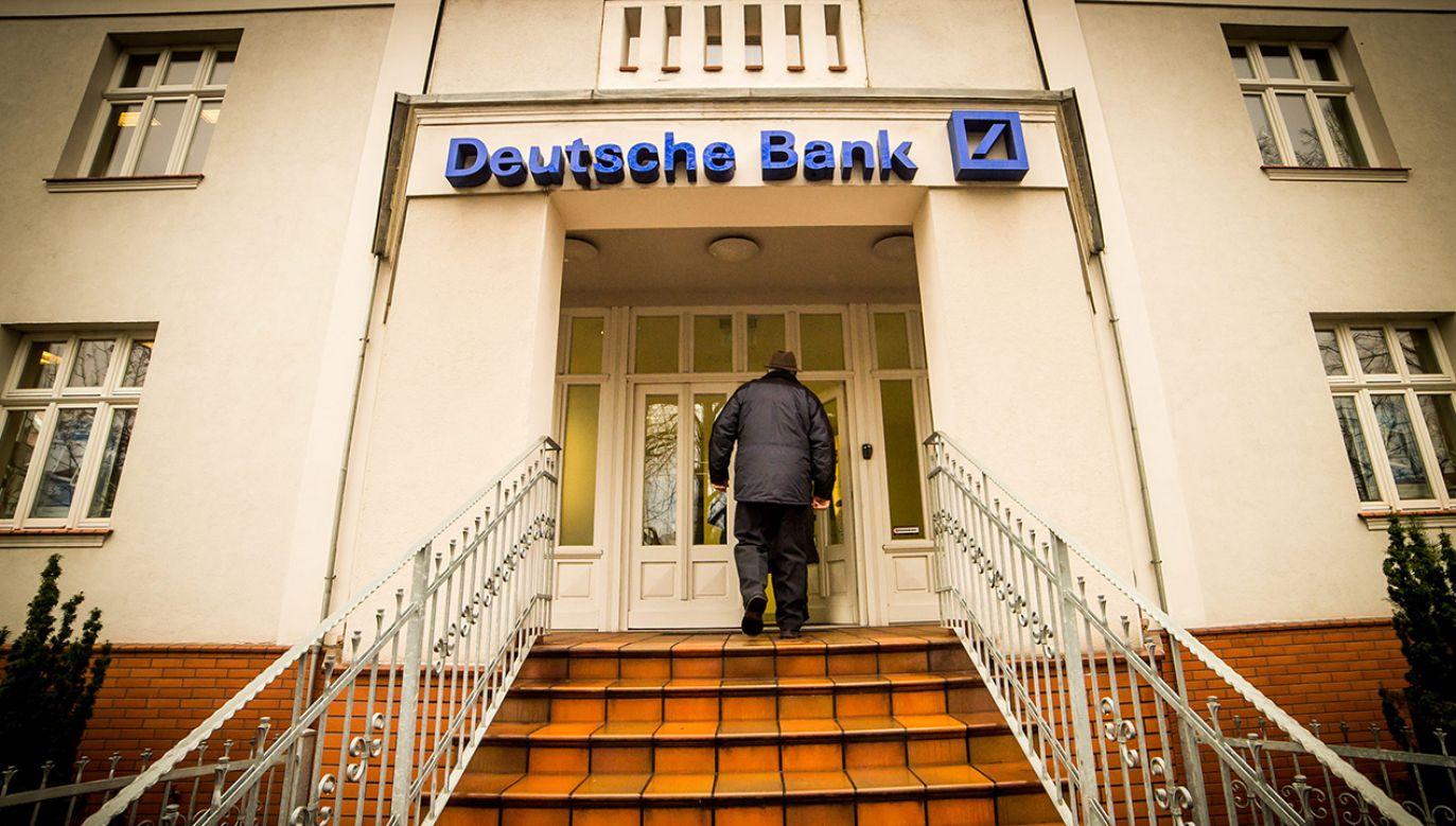 Deutsche Bank Polska zobowiązał się do zrekompensowania klientom strat (fot.  arch. PAP/Tytus Żmijewski)