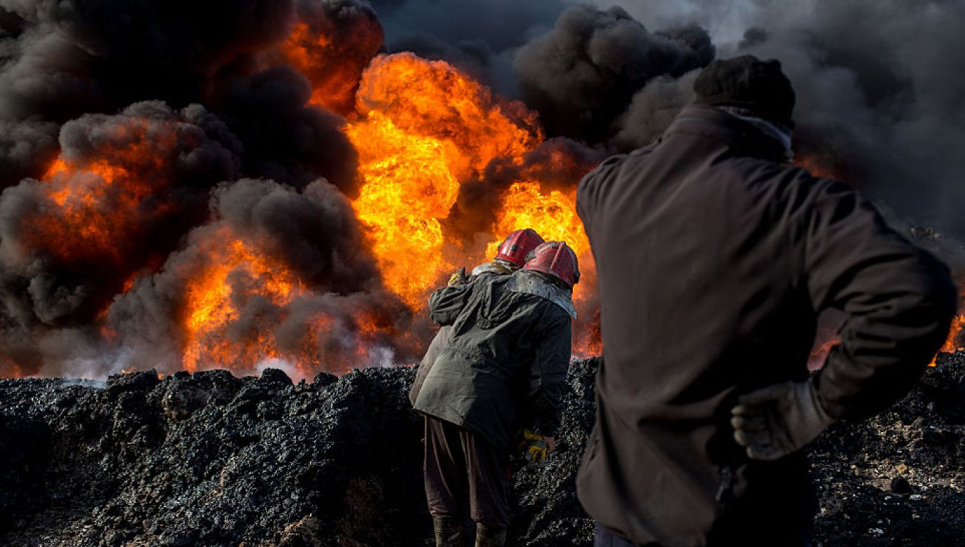 Akcja gaśnicza jest bardzo trudna (fot. Chris McGrath/Getty Images)