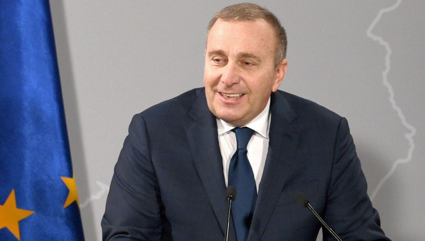 Do przedwczesnej debaty wezwał polityków lider Wiosny Robert Biedroń (fot. PAP/Darek Delmanowicz)