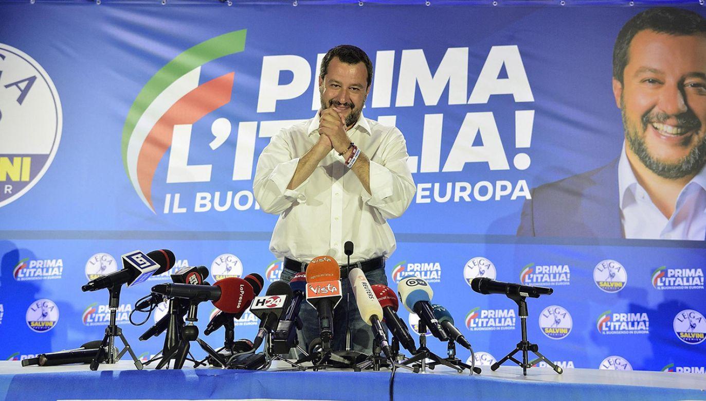 Matteo Salvini jest obecnie najpopularniejszym włoskim politykiem (fot. PAP/EPA/FLAVIO LO SCALZO)