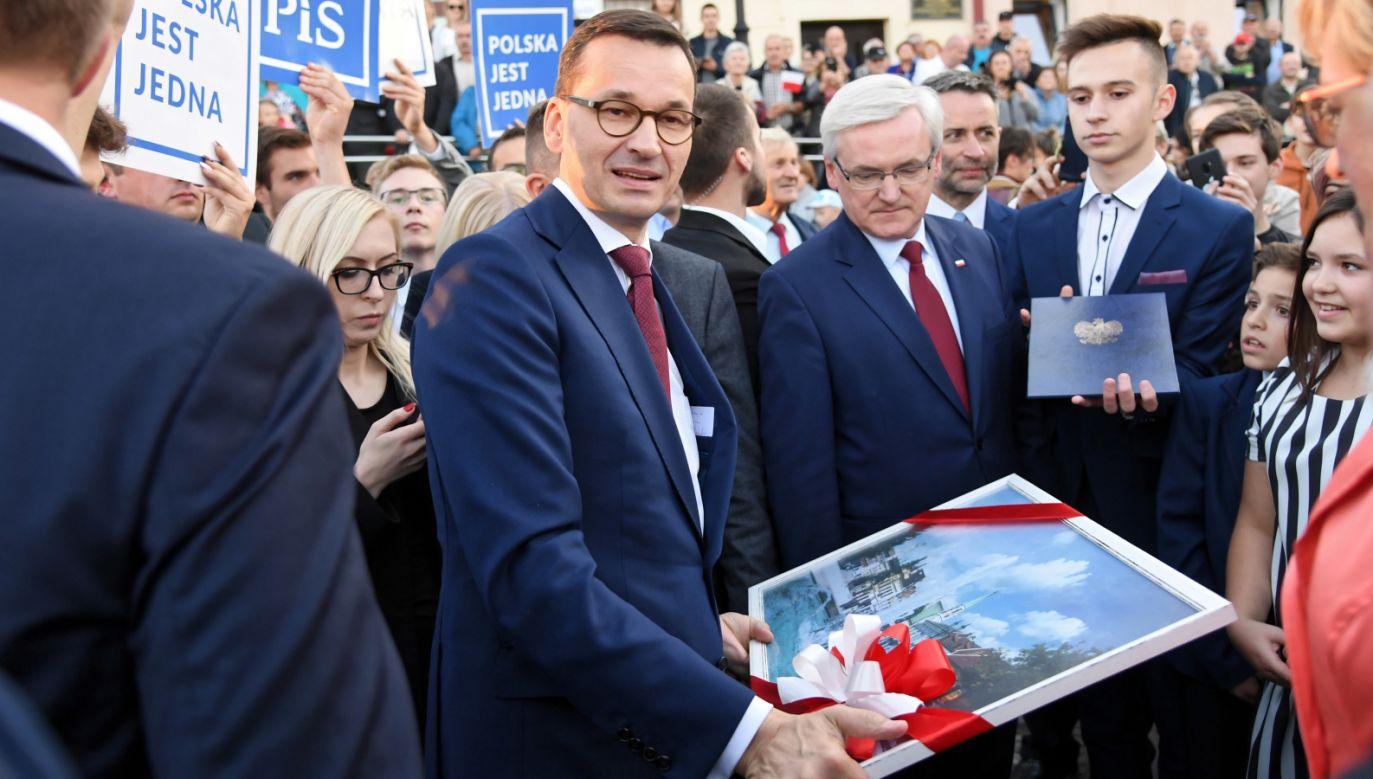 Większość badanych ma zaufanie do obecnego premiera (fot. PAP/Jacek Bednarczyk)