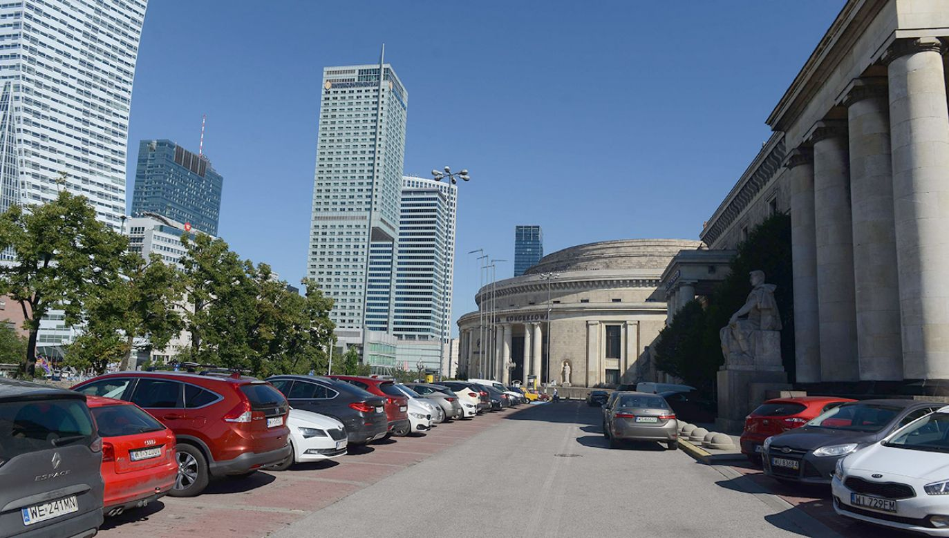 Działka przy Pałacu Kultury i Nauki, pod dawnym adresem Chmielna 70 (fot. arch.PAP/Jakub Kamiński)