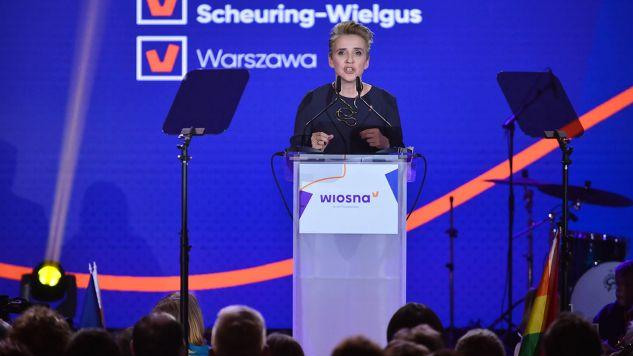 Posłanka Joanna Scheuring-Wielgus podczas konwencji Wiosny (fot. PAP/Jakub Kamiński)