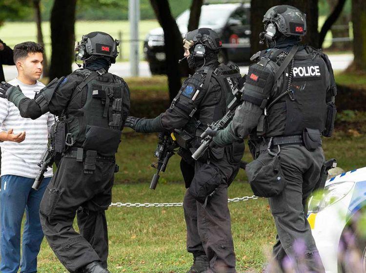 Strzelanina W Nowej Zelandii Detail: Strzelanina W Meczecie W Nowej Zelandii. Są Liczne Ofiary