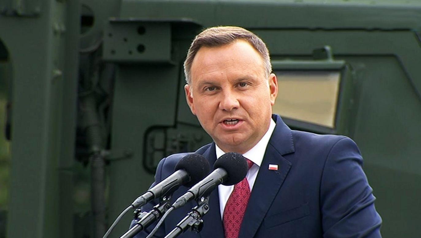 Wystąpienie prezydenta podczas defilady w Święto Wojska Polskiego (fot. TVP Info)