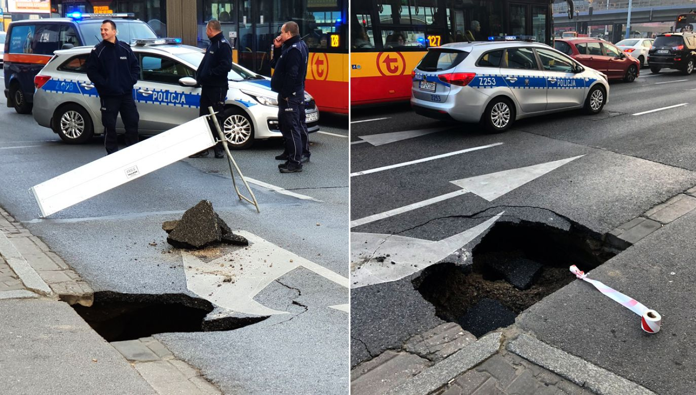 Na miejscu pracuje policja, służby ZDM i pracownicy MPWiK (fot. TT/Rafal Romanski/Izabela Żmudka)