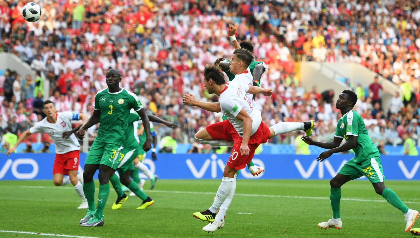 Krychowiak redeems himself, pulling back a goal for Poland in 2-1 defeat by Senegal. Photo: PAP/EPA/PETER POWELL