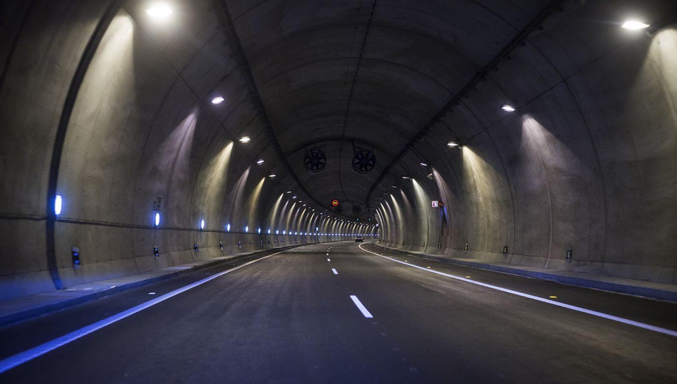 Tunel ma być przedłużeniem do Finlandii Rail Baltica, projektu szybkiej kolei łączącej kraje bałtyckie z Polską (fot. Shutterstock/Marxstudio)