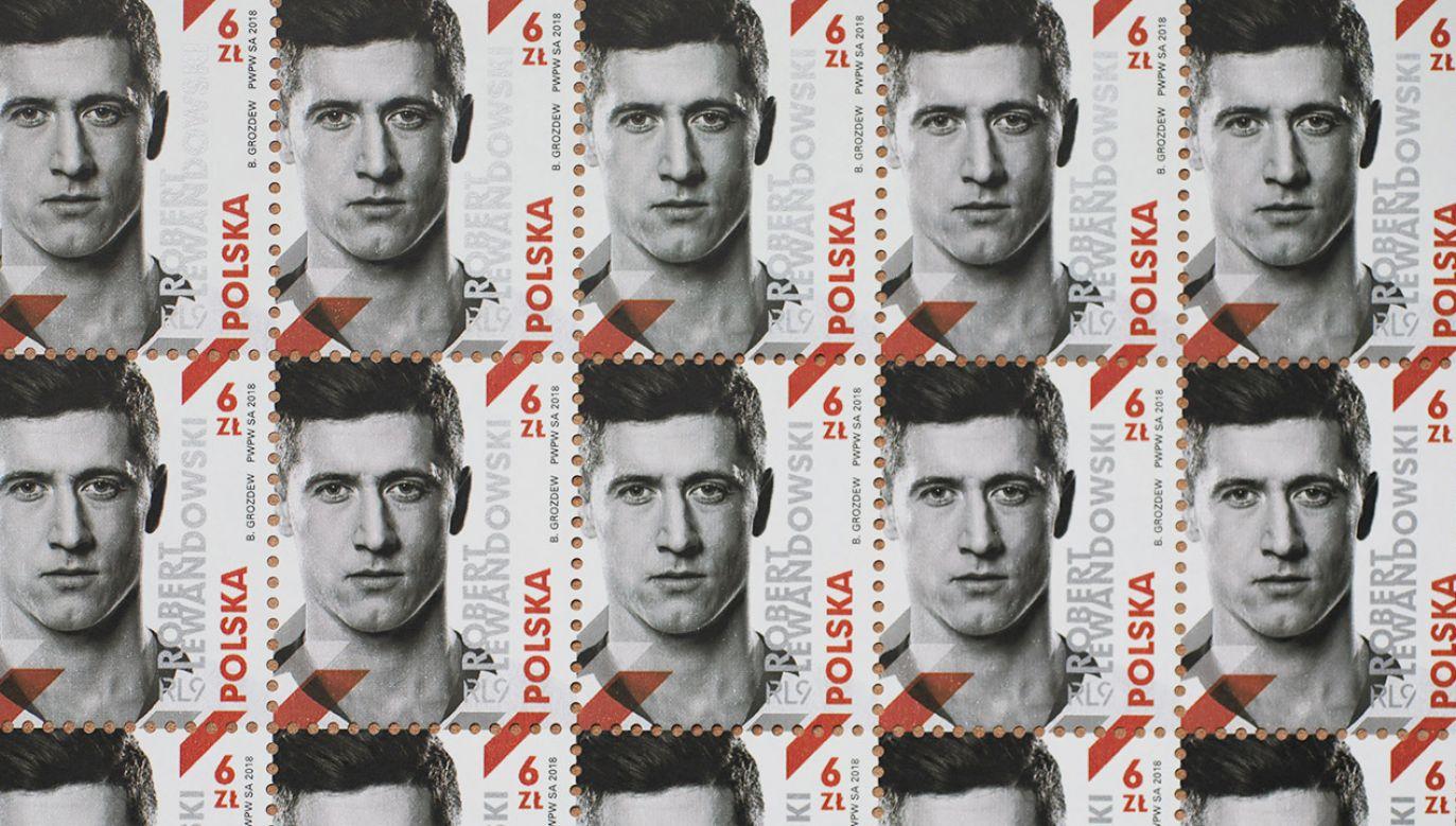 Nakład znaczków to 5 mln sztuk (fot. PAP/Leszek Szymański)
