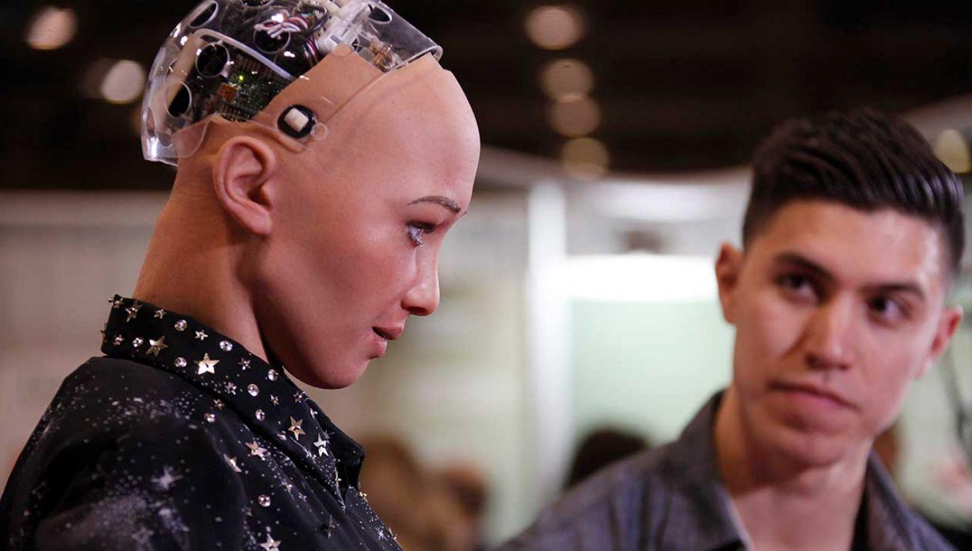 """Maszyna stała się w procesie swego """"myślenia"""" bardziej ludzka (fot. Yu Ruidong/China News Service/VCG/Getty Images)"""