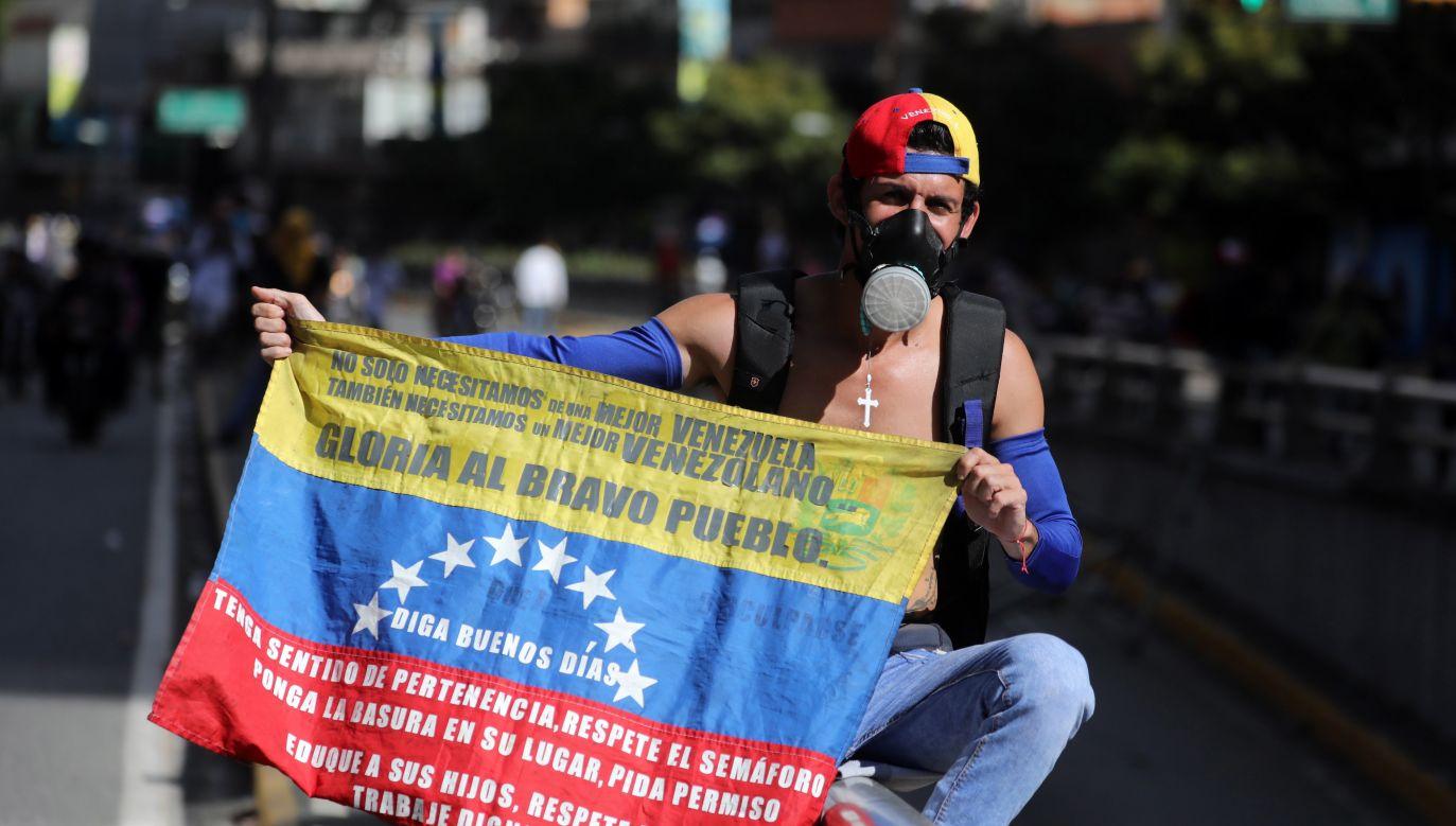 W środę na ulice wielu wenezuelskich miast wyszli demonstranci (fot.  EPA/Miguel Gutierrez)