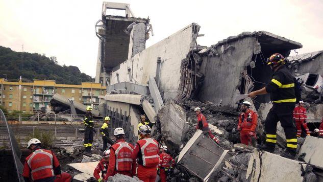 (fot. PAP/EPA/Italian Red Cross Press Office HANDOUT)
