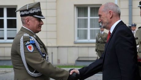 Gen. Sokołowski dowódcą 16. Pomorskiej Dywizji Zmechanizowanej został na początku maja 2016 roku (16dz.wp.mil.pl)