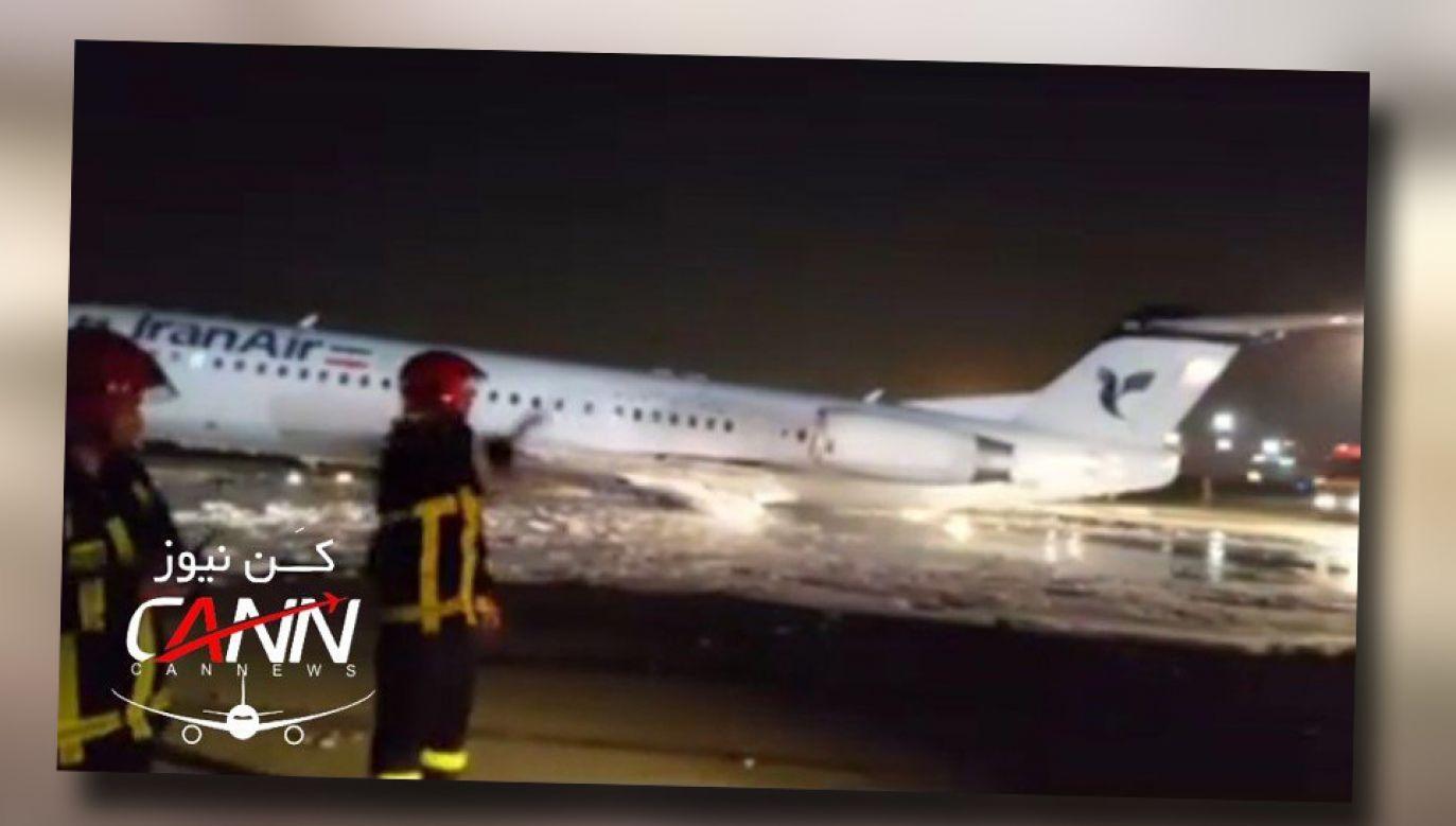 Służby ewakuowały wszystkie osoby znajdujące się na pokładzie (fot. TT/Airport Webcams)