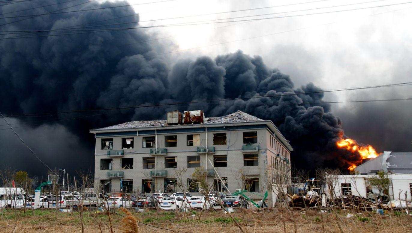 W wyniku wybuchu w pobliskich domach powylatywały szyby (fot. PAP/EPA/STRINGER)