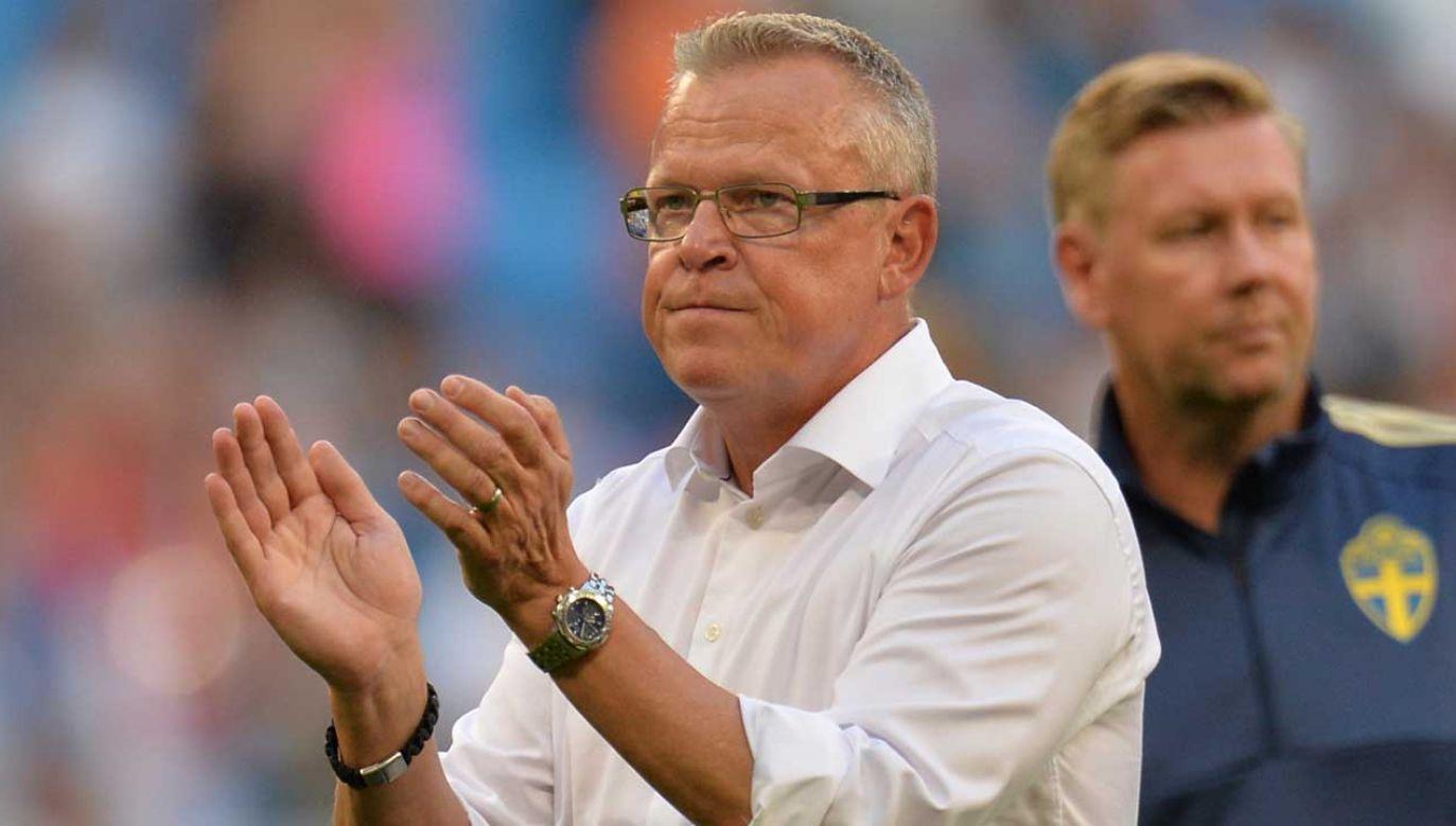 Ile zarabia trener, który doprowadził drużynę do ćwierćfinału? (fot. PAP/EPA/PETER POWELL)