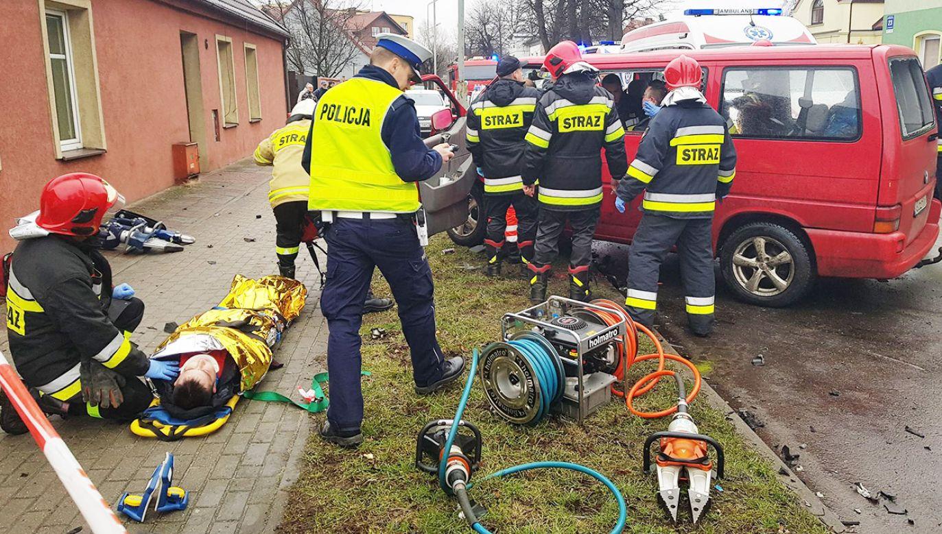 Dwie osoby zostały ciężko ranne (fot. Remiza.pl)