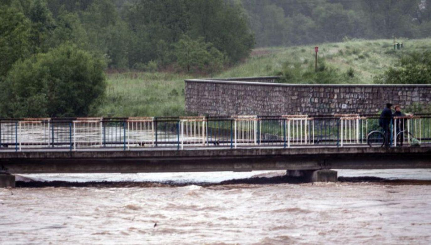 IMGW ostrzega przed możliwością wylania rzek(fot. PAP/Maciej Kulczyński)