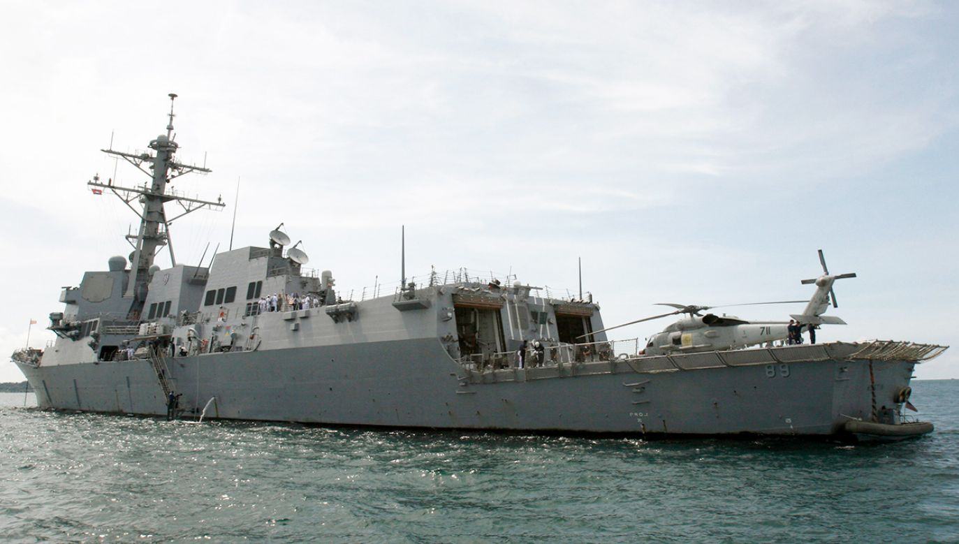 Amerykański niszczyciel rakietowy USS Mustin (fot. REUTERS/Stringer)