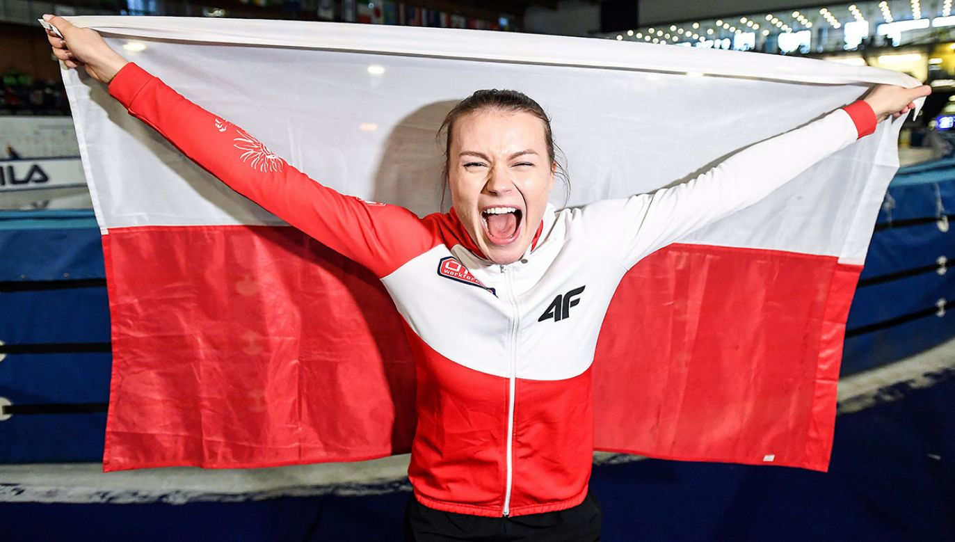 Polka Natalia Maliszewska w biegu półfinałowym na 500 m podczas zawodów Pucharu Świata w short tracku (fot. PAP/Paweł Skraba)