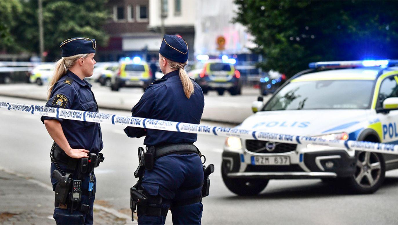 Policja uważa, że strzelanina jest powiązana z działalnością gangów (fot. PAP/EPA/Johan Nilsson/TT)